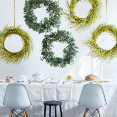 Floral Wreaths & Greenery